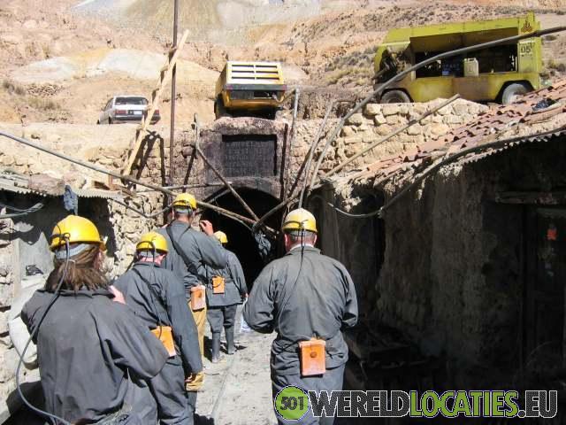 Ontzag voor de mijnwerkers van Potosí