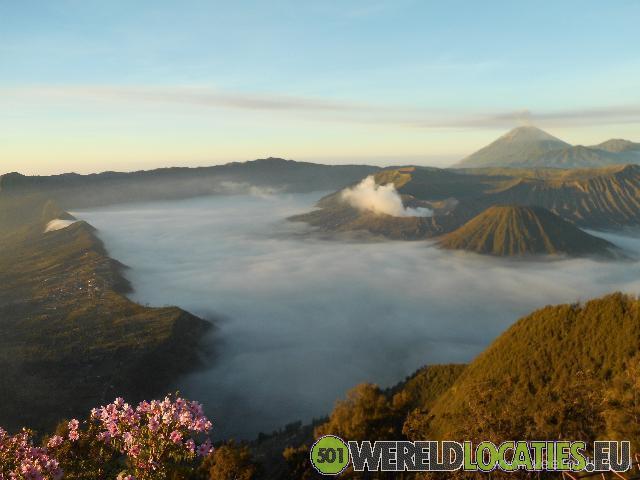 Indonesië - Zonsopgang bij de Bromo vulkaan