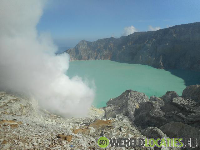 Indonesië - Zwaveldragers op de Ijen vulkaan