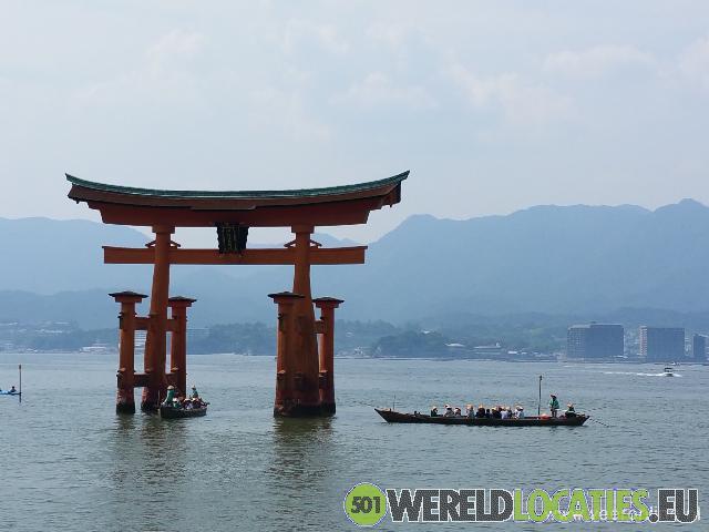 Japan - De Itsukushima-schrijn bij Hatsukaichi