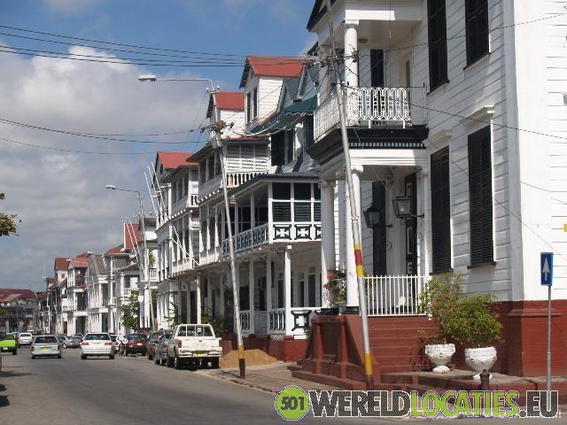 Suriname - De Waterkant in Paramaribo