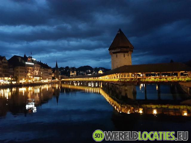 Zwitserland - De houten Kapellbrücke van Luzern